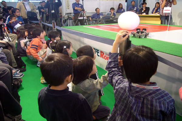 http://www.odaibaonline.jp/odaiba-style/blog/images/2006/1102.jpg